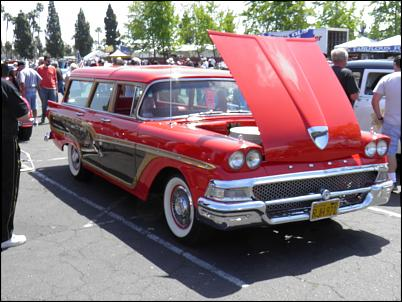 Click image for larger version.  Name:Knotts Fabulous Fords Forever 4-10-2011 038.jpg Views:326 Size:267.4 KB ID:1558