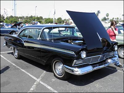 Click image for larger version.  Name:Knotts Fabulous Fords Forever 4-10-2011 040.jpg Views:326 Size:398.7 KB ID:1560