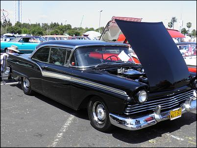 Click image for larger version.  Name:Knotts Fabulous Fords Forever 4-10-2011 036.jpg Views:303 Size:375.2 KB ID:1565